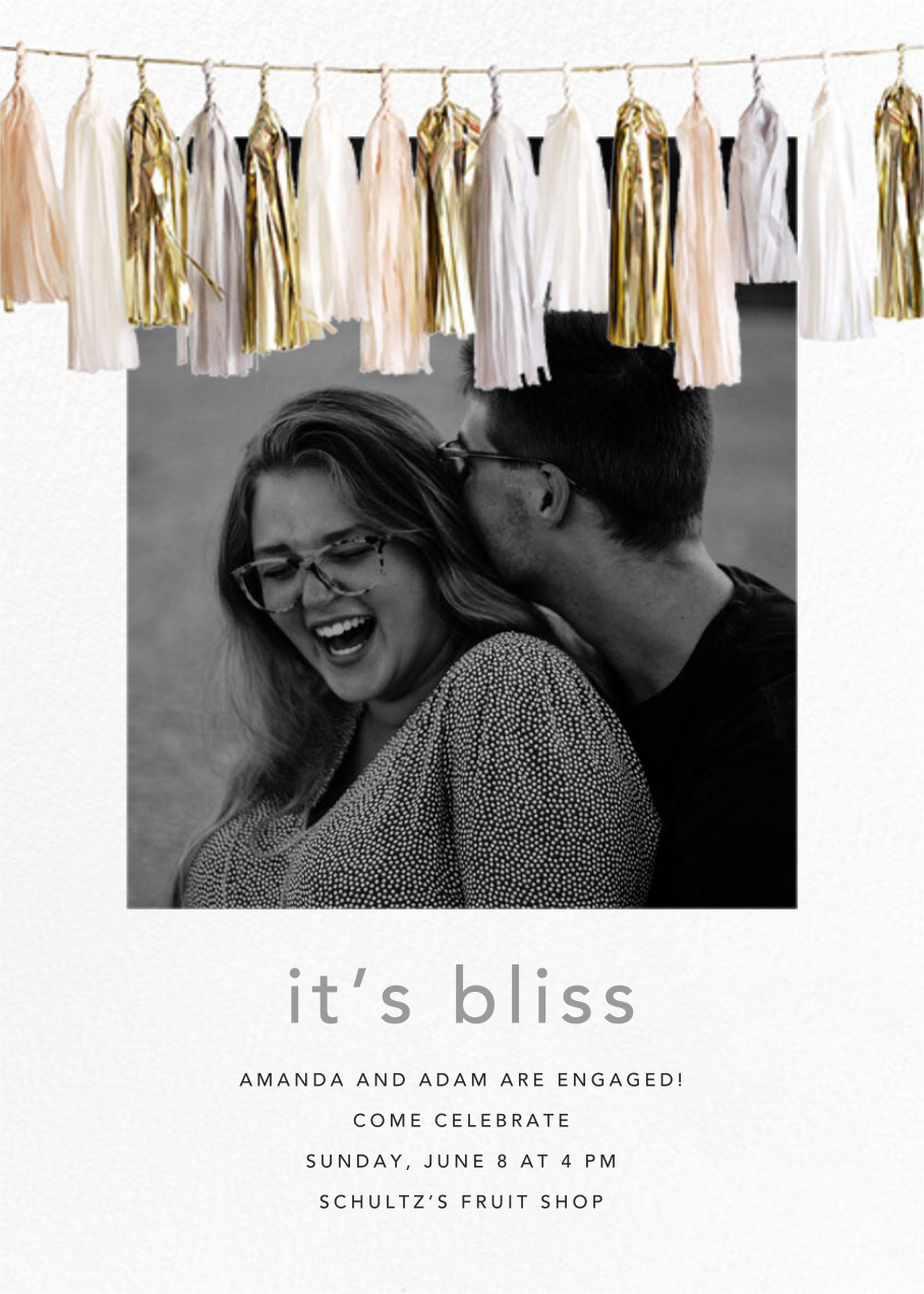 Glimmer Photo - Neutral - CONFETTISYSTEM - Engagement party